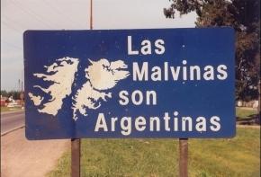 """La UMA solicitó a Vuoto que los nuevos colectivos lleven la leyenda """"Las Malvinas son Argentinas"""""""