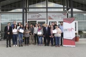 La UNTDF certificó a sus pasantes del Parque Nacional de Tierra del Fuego