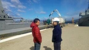 Municipio entregó campanas para residuos al ARA Islas Malvinas