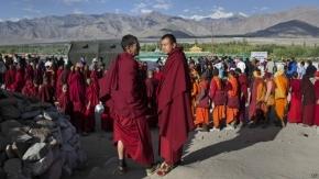Nepal retira permiso para incineración monje tibetano