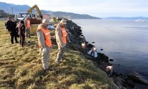 Nueva jornada de limpieza costera: se sacaron 6 contenedores y 4 camiones de basura