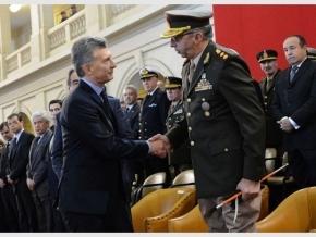 Por primera vez desde 1983, un Presidente le otorga más poder a las Fuerzas Armadas