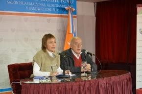 """Ríos: """"Se ratifica la vigencia de ambas leyes con la finalidad de regular la explotación convencional y no convencional"""""""