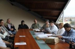 Se firmó el contrato para la obra de electrificación de Los Alakalufes II con financiamiento por el Fideicomiso Austral