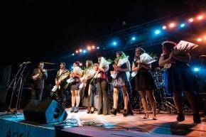 Tu Voz Suena en el Fin del Mundo: Cecilia Lallana y Osvaldo Janco fueron ganadores