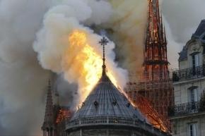 Un riograndense estuvo veinte minutos antes de comenzar el incendio de la catedral de Notre Dame